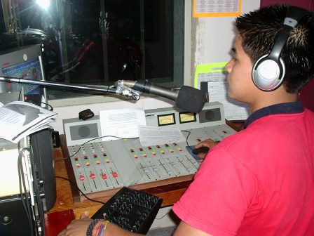 Radio Waira - Foto :  http://labocanaputumayo.blogspot.com.co