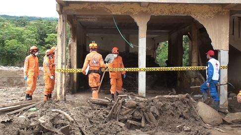 Cuerpo De Menor De Edad Es Encontrado Entre Escombros 17 Días Después De La Avalancha En Mocoa