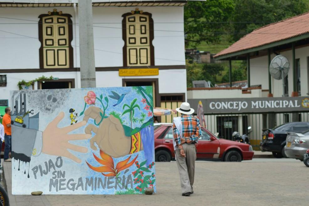 Pijao se une para prohibirle la entrada a la minería — COLOMBIA