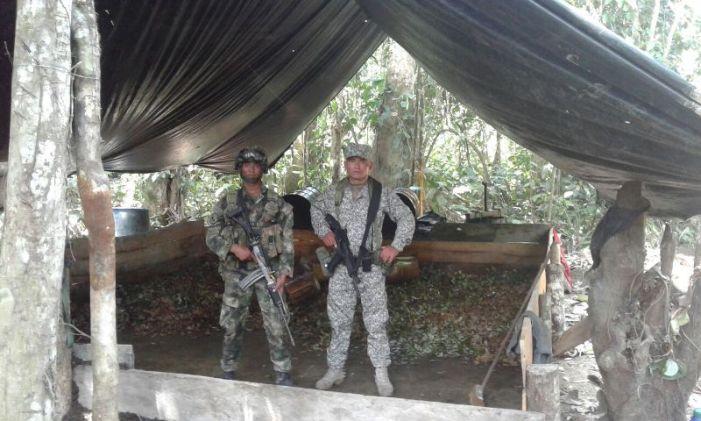 Armada Nacional continúa operaciones contra el narcotráfico en el sur del país