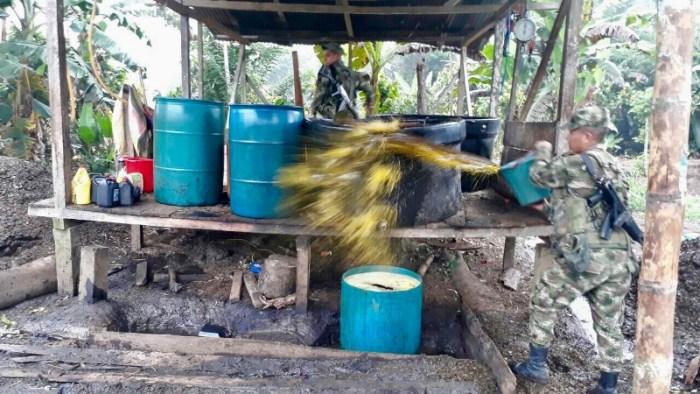 Ejército destruyó laboratorio para el procesamiento de pasta base de coca en frontera con el Ecuador