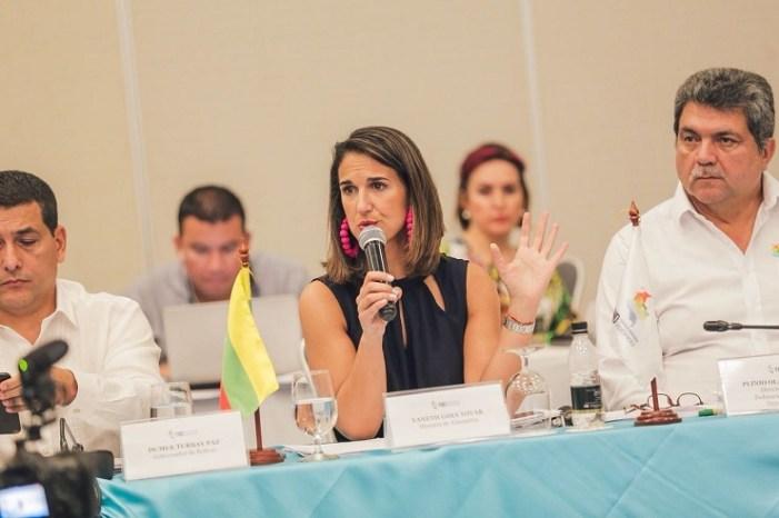 MinEducación pide a gobernadores garantizar continuidad del PAE