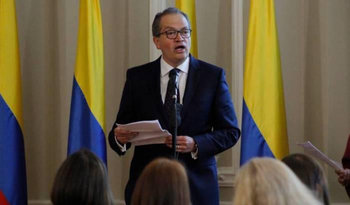 Procuraduría investiga 20000 contratos del SENA que podrían ser suspendidos