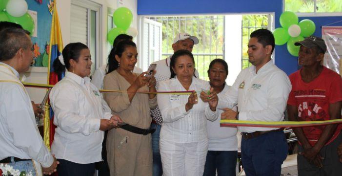 Gobernación entregó insumos médicos a Centro de Salud de Puerto Umbría