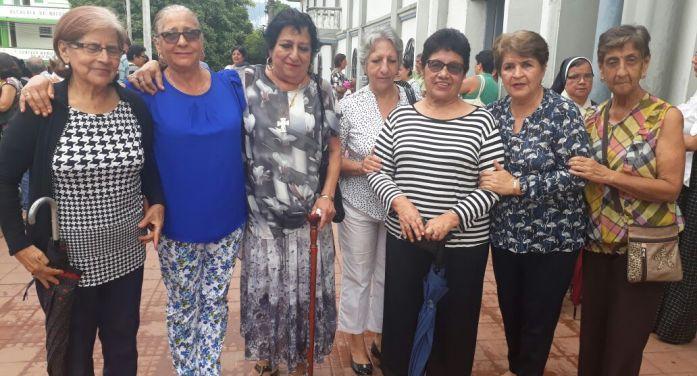 Goretianas del 62 despiden a Gladys Salazar (qepd)