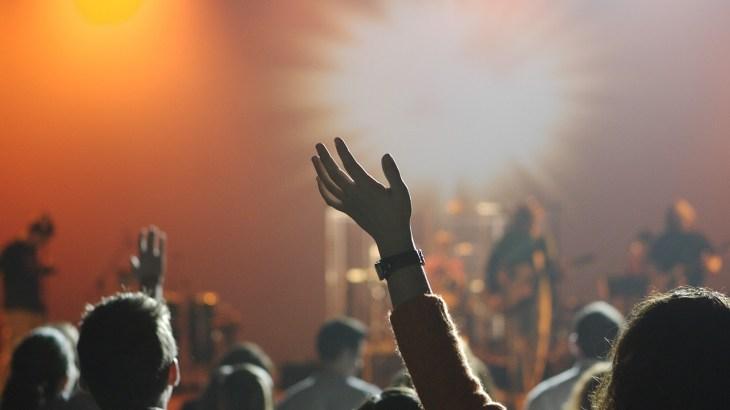 ライブやフェスで気分爽快になった経験はありませんか?キックボクシングにも同じような効果が!
