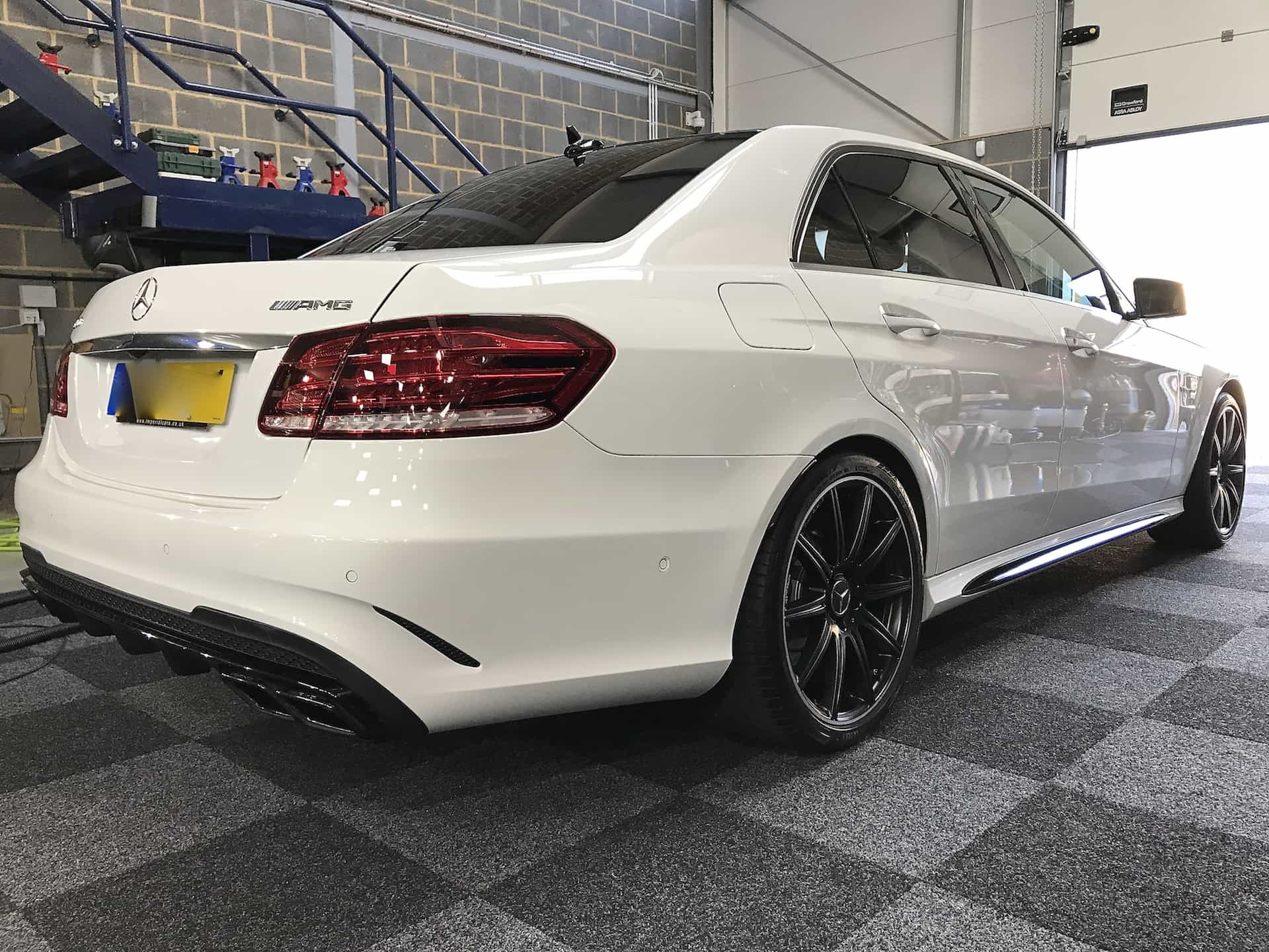 Mercedes E63 AMG Miracle Detail