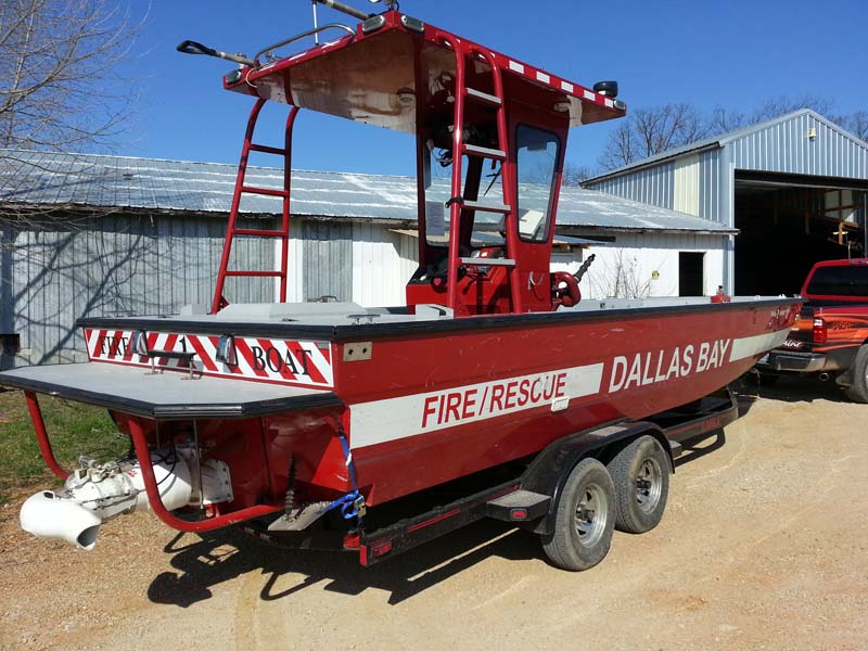 dallas bay fire rescue boat side view