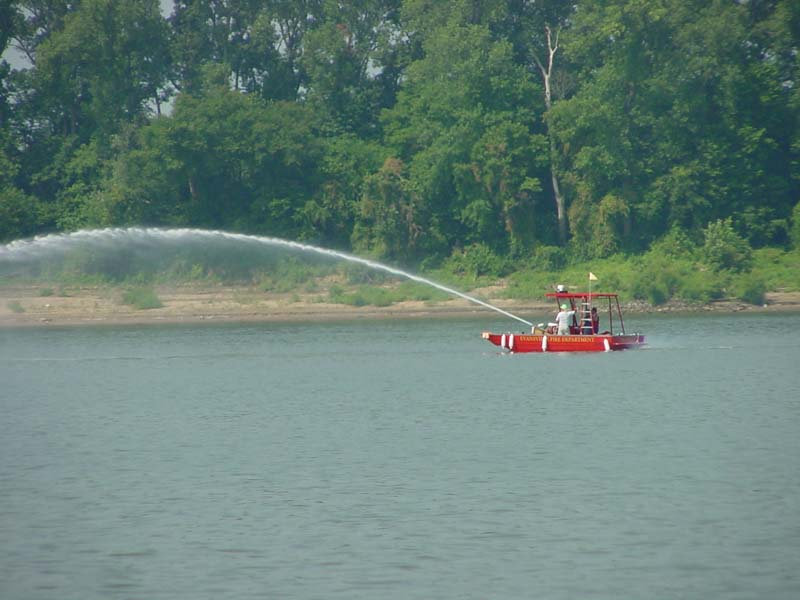 evansville fire department boat spraying water