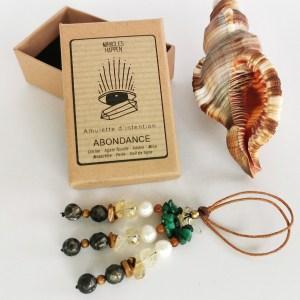 amulette_abondance_citrine_agate_fossile_ambre_mica_malachite_perle_oeil_de_tigre