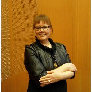 Ruokaan liittyvän podcastin tekijä Kaisa on myös vyöhyketerapeutti, jolla on hoitotila Helsingissä.
