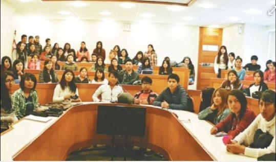 335 jóvenes creyeron en un sueño y accedieron a una beca universitaria