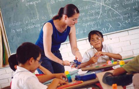Guatemala gastará 350.000 dólares del BM para predecir el fracaso escolar