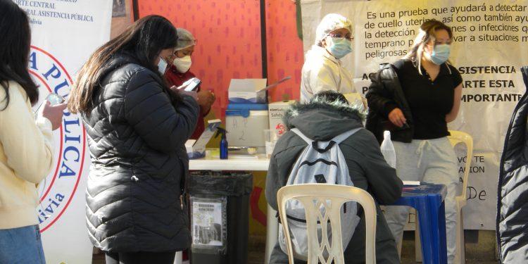 Estudiantes de El Alto piden vacuna contra coronavirus