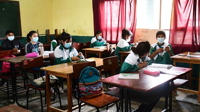 7.849 colegios continúan con clases a distancia