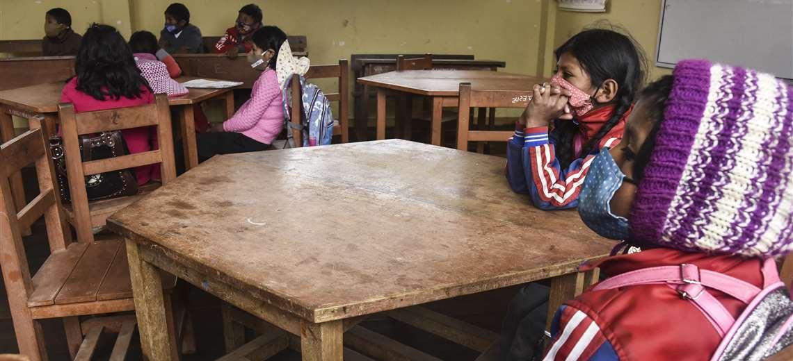 Educación recomienda rotar clases virtuales y semipresenciales antes del retorno total a las aulas – Noticias Bolivia