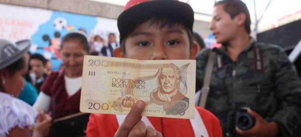 Más de 2.200 escolares en riesgo de no recibir Bono Juancito Pinto en Tarija