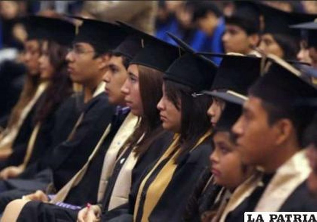 Actos de promoción dependerán de la modalidad en la que estén los colegios