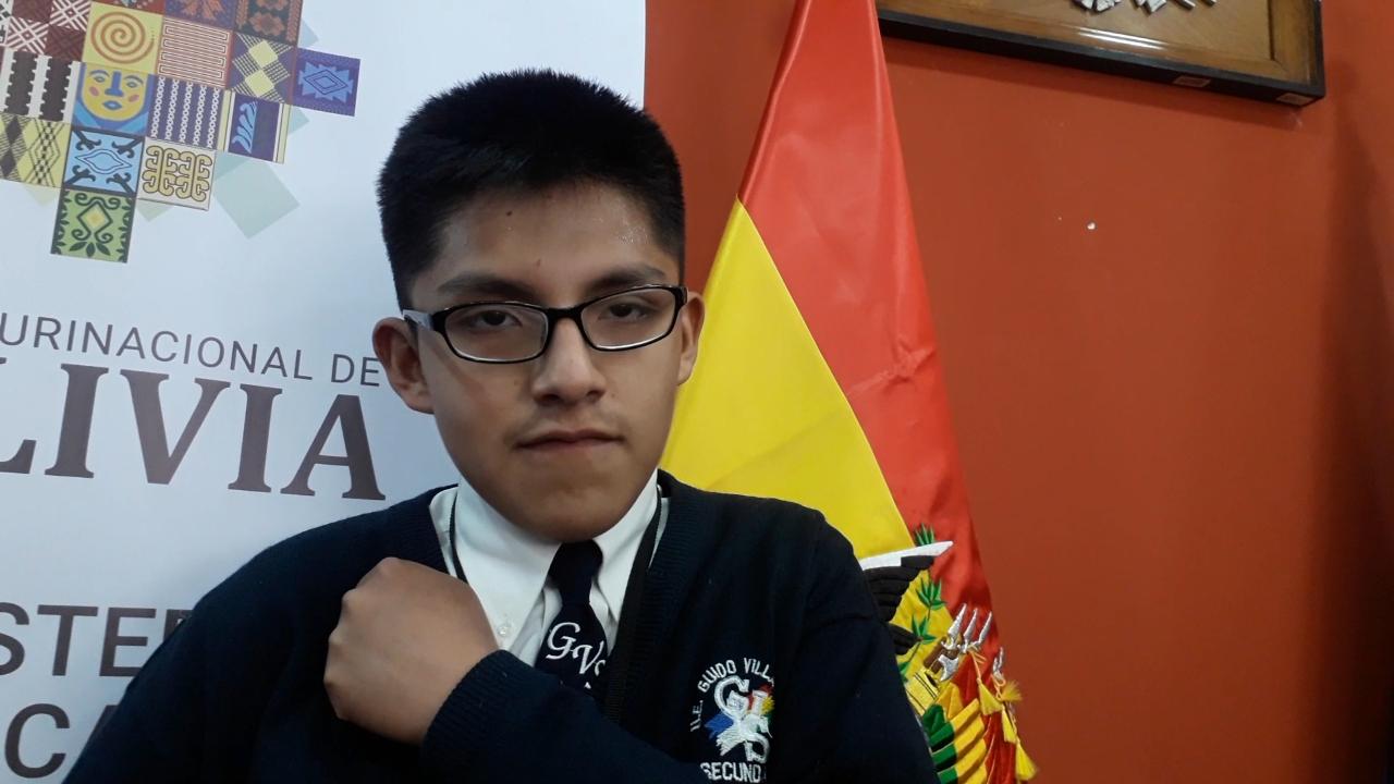 """Josué: """"Quiero ser maestro de sordos"""""""