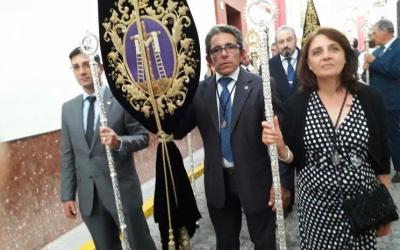 ACOMPAÑAMOS A LA HERMANDAD DE LA SOLEDAD DE SANLUCAR LA MAYOR EN SU 450 ANIVERSARIO