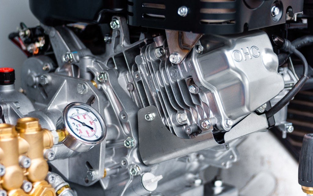 close up moteur robin webpage