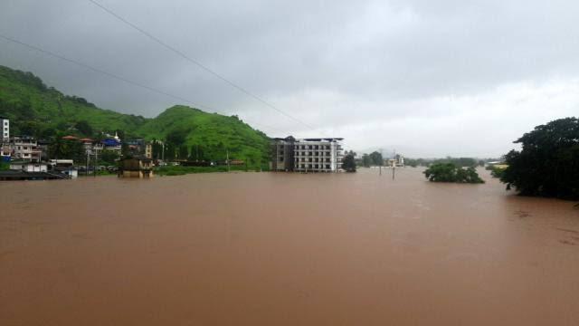 Hindistan'ı sel vurdu: 36 ölü!