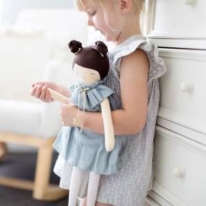 Muñecas + Peluches
