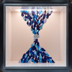 isabelle-daeron-window-display-maison-hermes-ginza-tokyo-making-waves-designboom-05