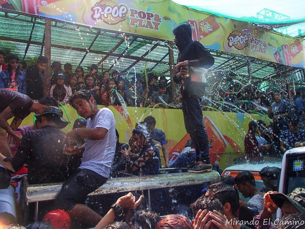 Fiesta del Agua - Año Nuevo Budista