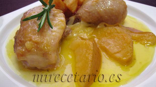 Pollo con manzana a la naranja.