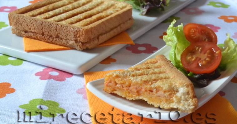Sandwich de atún con tomate {Reto BBSS}
