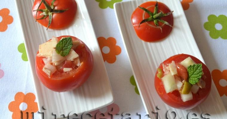 Tomaticos rellenos de cosas y odio Facebook