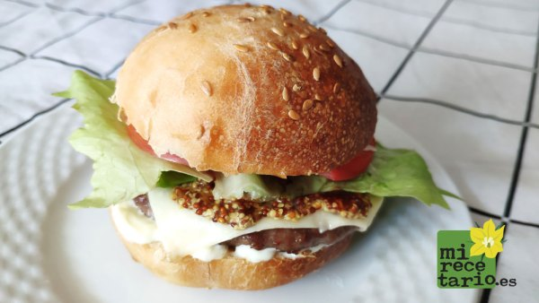 Pan de hamburguesa casero