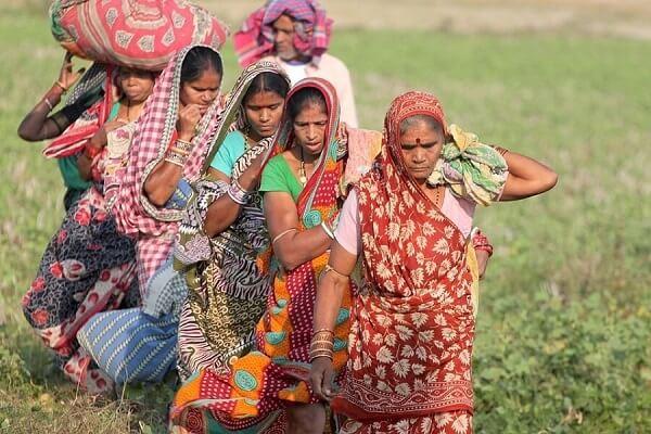 mujeres-indias-trabajando1