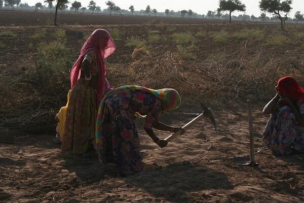 mujeres-indias-trabajando7