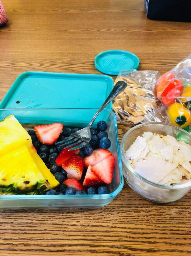 Fruit, turkey, peppers, and cauliflower crisps