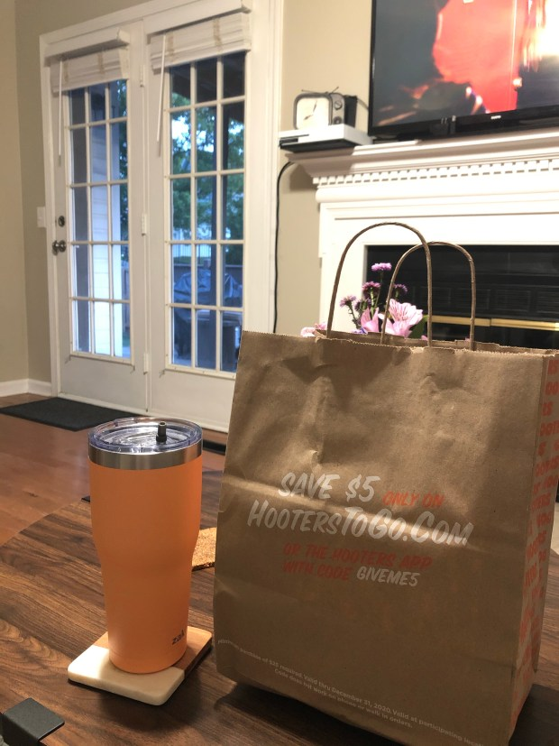Hooter's order and water