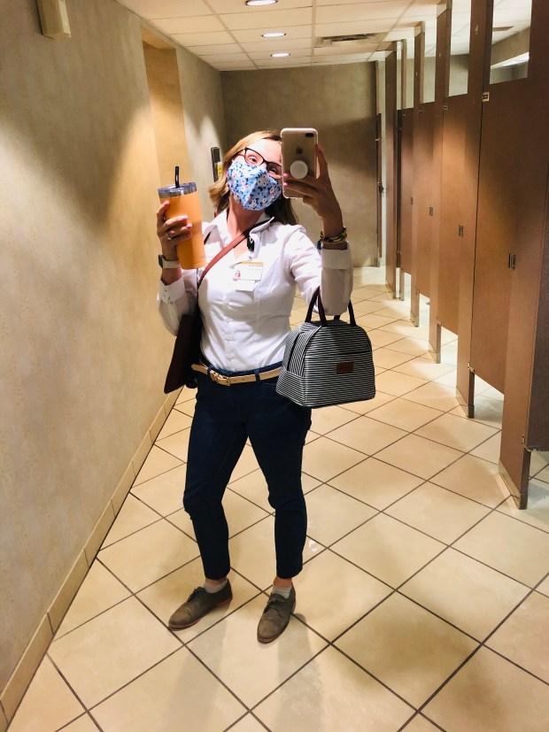 Work outfit mirror selfie