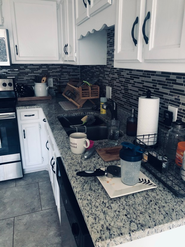 Kitchen with dirty dishes