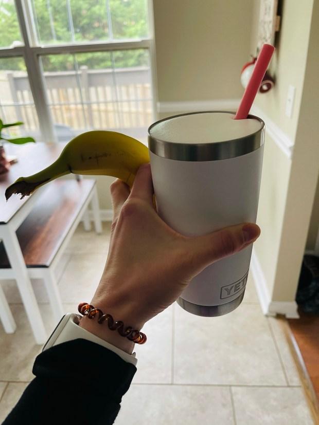 Iced coffee and banana