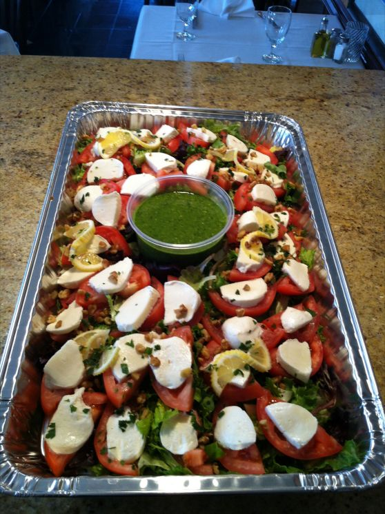 Photo Large Tomato Caprese Tray