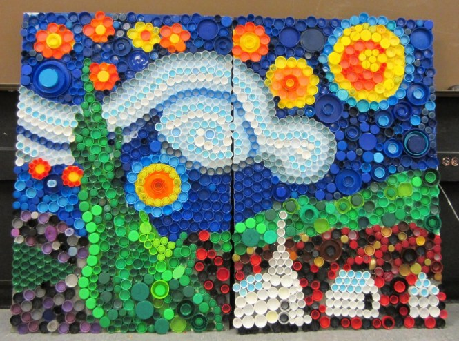 Kerajinan Hiasan Mosaik Dari Tutup Botol Bekas