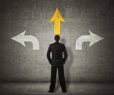 Buscar la decisión perfecta Buscar la perfección en nuestras decisiones añade una presión…   by Julian Ortega   Medium