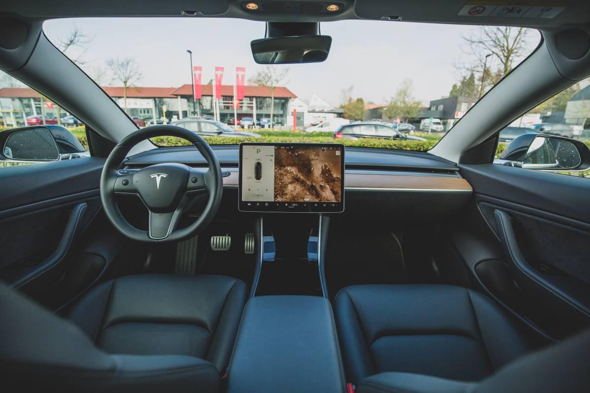 Is Tesla Autopilot Worth It? (Full Self Driving Update Worth it?) | by Daniel's Brew | Making of a Millionaire