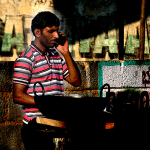 Street vendors that rely on cash transactions may find digital India a hard reality to cope with (Image taken by Aschevogel)