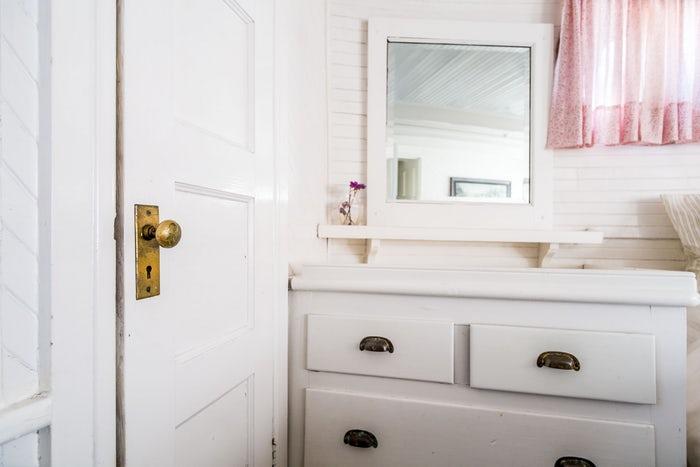 To Hang Mirror On A Hollow Door April, How To Mount A Mirror On Hollow Door