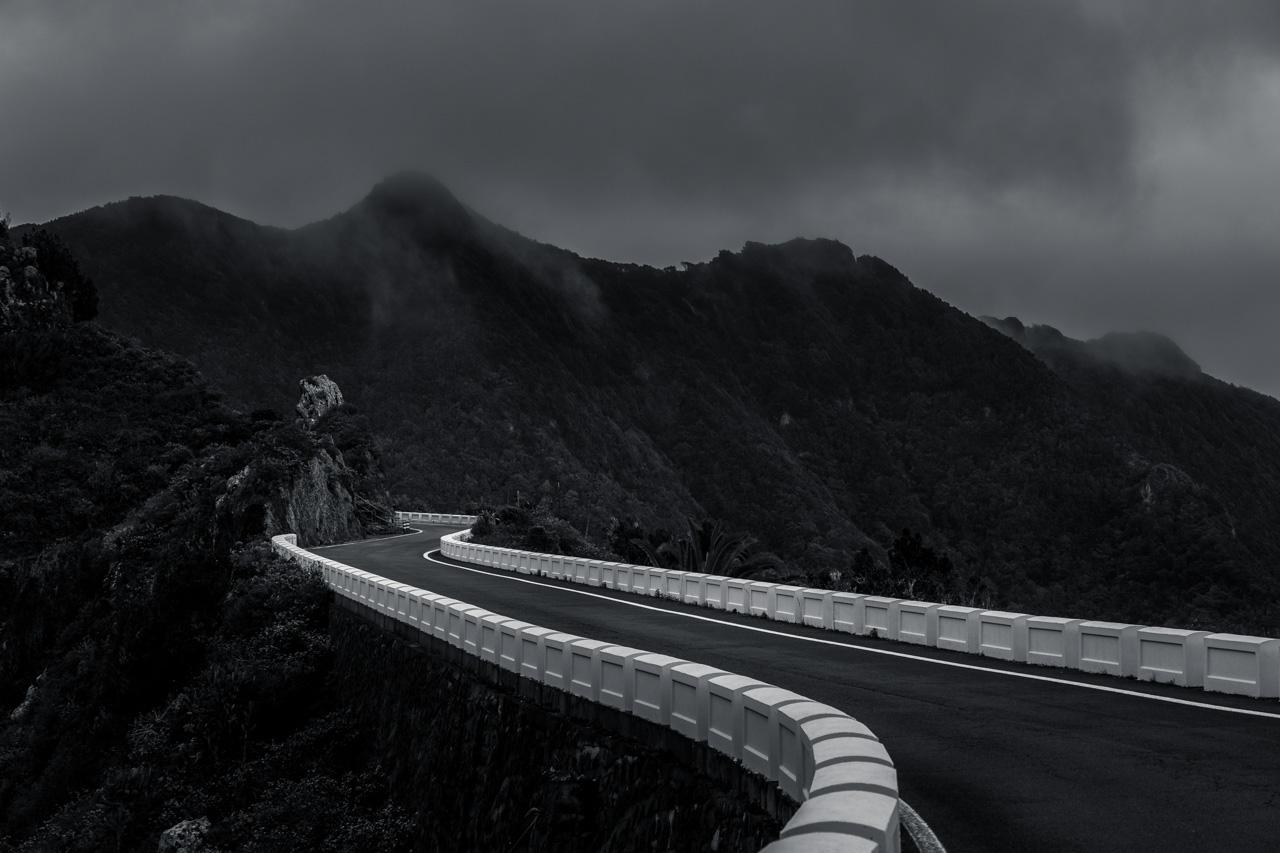 Straße im Anaga-Gebirge