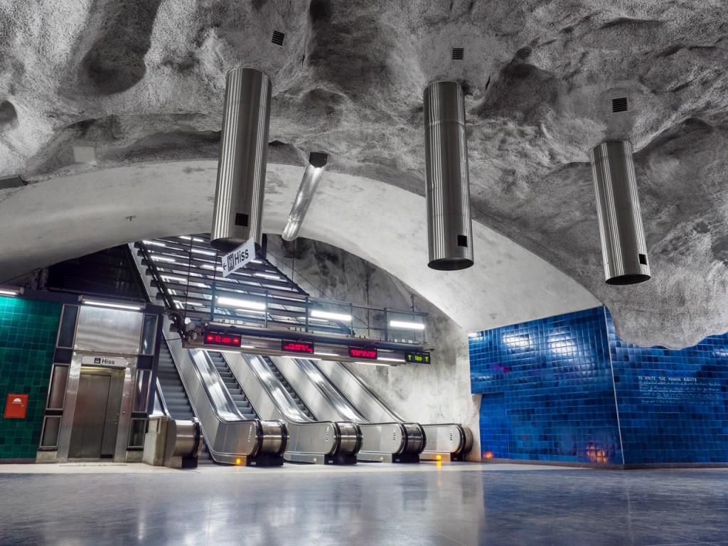 Foto der Metro-Station Universitatet in Stockholm.