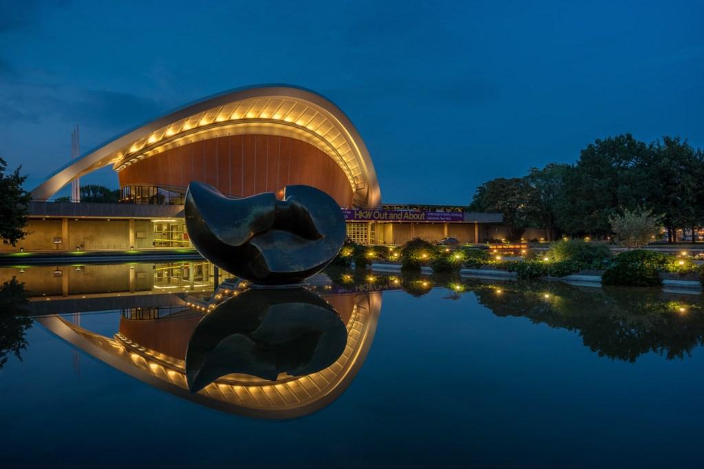 Das Haus der Kulturen der Welt in Berlin Mitte