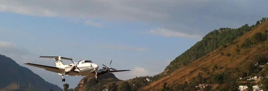 उत्तराखंड – पंतनगर से पिथौरागढ़ जा रहे विमान में रास्ते में खराबी, 8 यात्री सवार थे इसमें